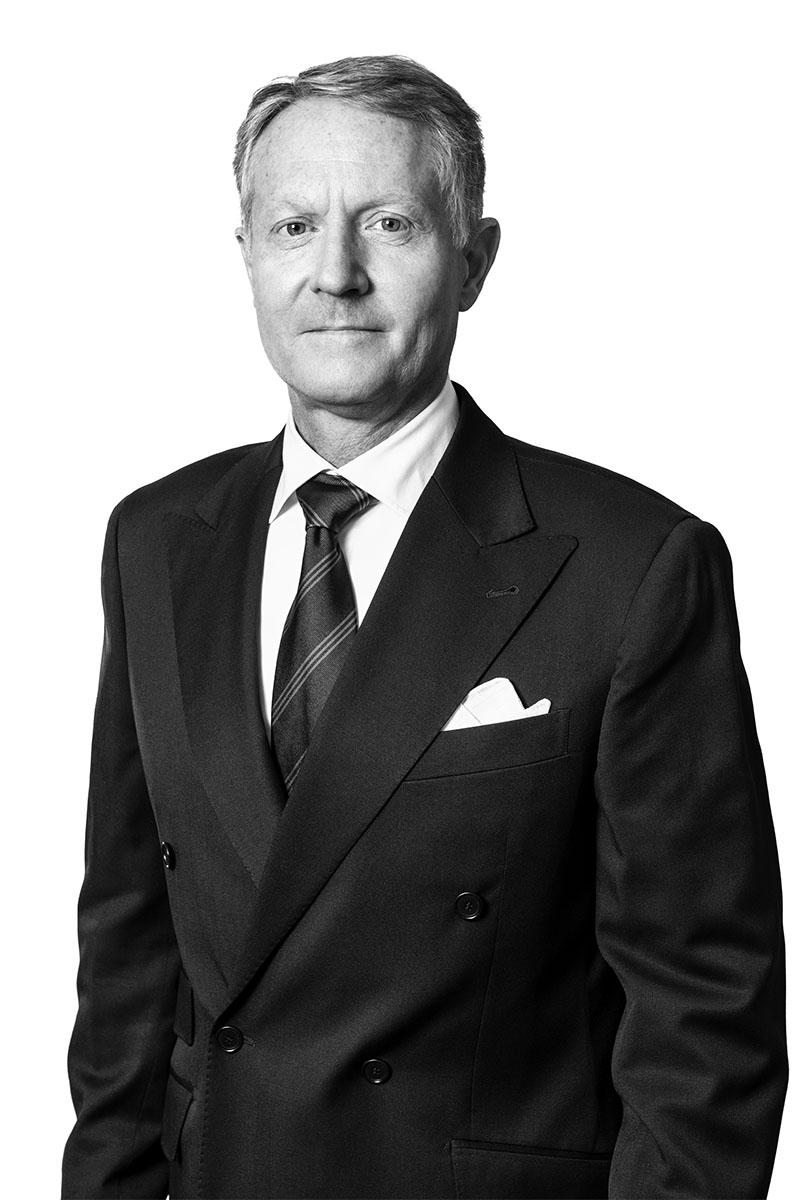 Åke Delmar_DSC5937-1_BW_800x1200px