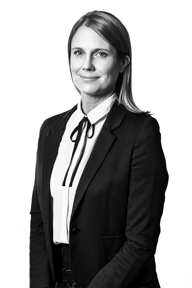 Jennie Ström_DSC5903-1_BW_800x1200px